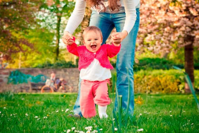დავეხმაროთ პატარას - რატომ ეშინია დამოუკიდებლად სიარულის